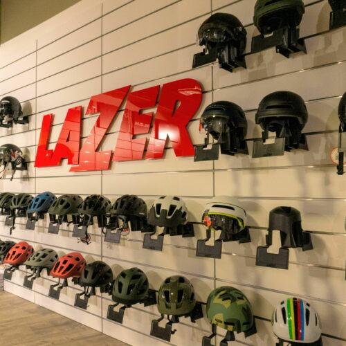 Showroom Shimano Lazer Wallklein