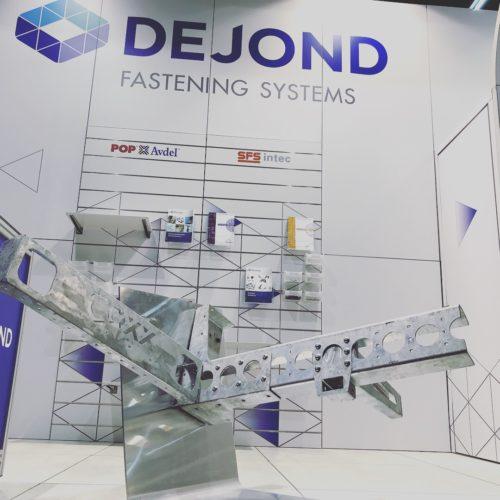 dejond-beursstand-transport-compleet-modulaire-standenbouw