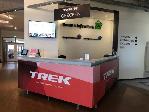 frontdesk-modular-dealershow -Trek-BNLX-frameworks-modulaire-beursstanden.