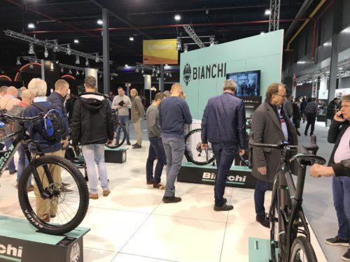 modulaire-beursstand-velofollies-bianchi-bike-motion-frameworks-branding