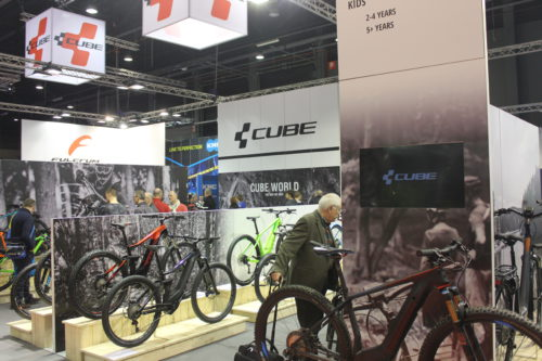 velofollies-2018-modulaire-beursstand-cube-bikes-standenbouwer-frameworks