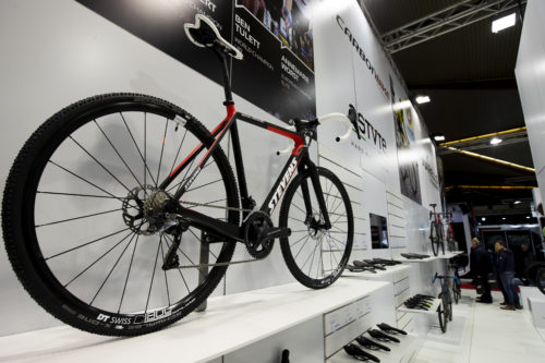 velofollies-2019-kortrijk-xpo-carbon-bikes-beursstand-9