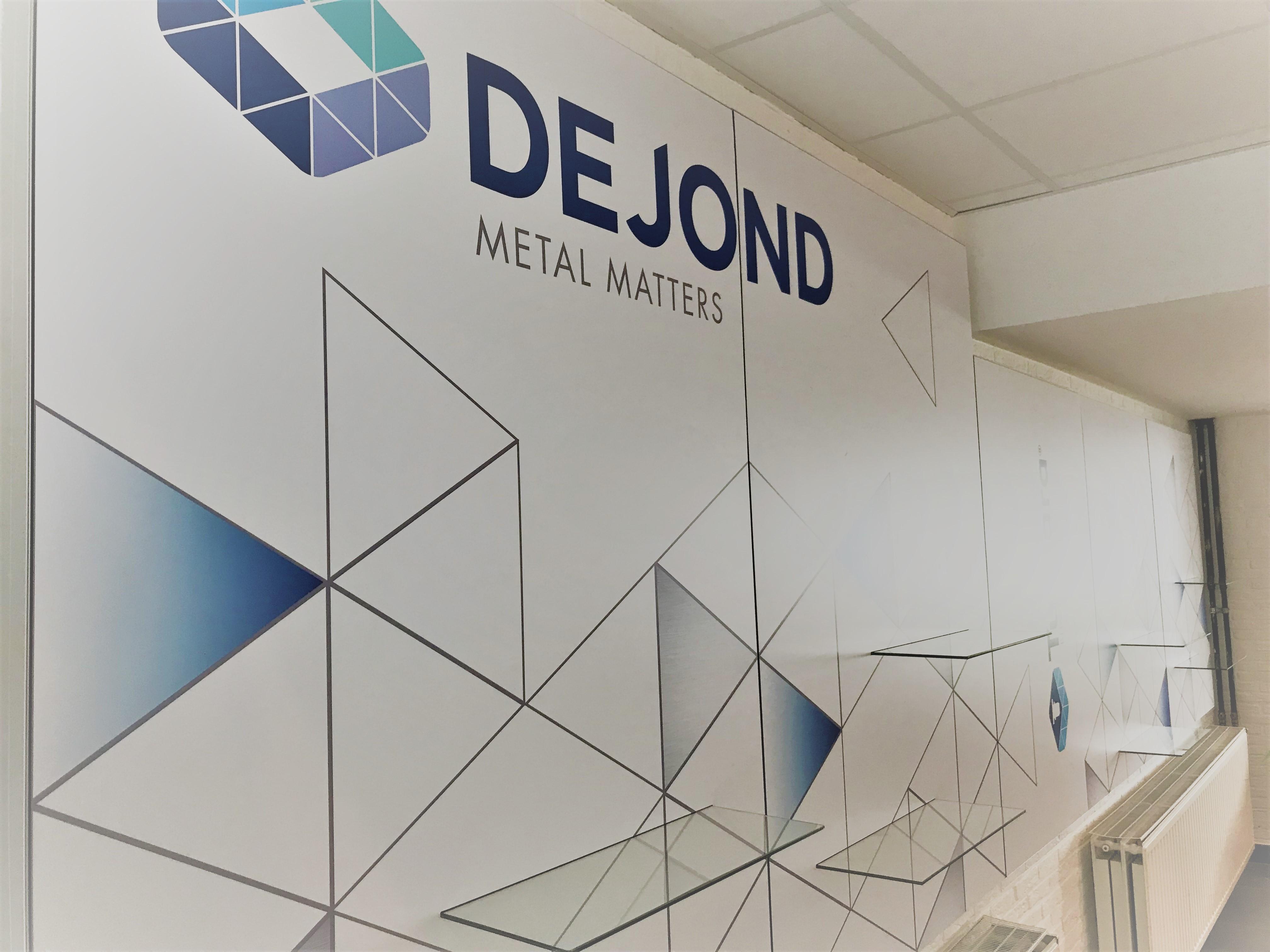 dejond-inkom-hal-modulaire-wand-branding-frameworks